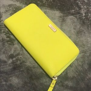 Kate space wallet- yellow
